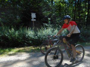 Túto cestu pravidelne premeriava veľký počet cyklistov...